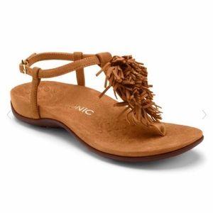 VIONIC Sosha Fringe Thing Sandal Caramel 7